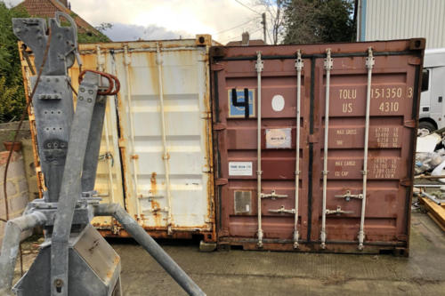 Shipping container removal, shipping container disposal, shipping container scrap. Removal of shipping container, Disposal of shipping container040 (1)